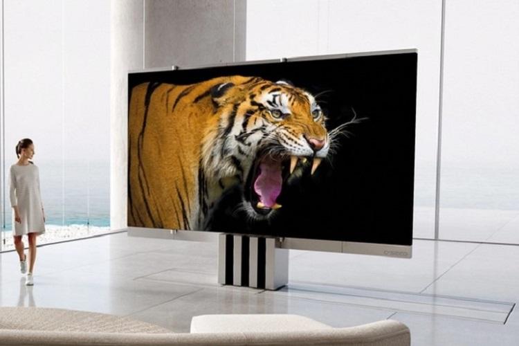 این اولین تلویزیون کوچک تاشو MicroLED در جهان است