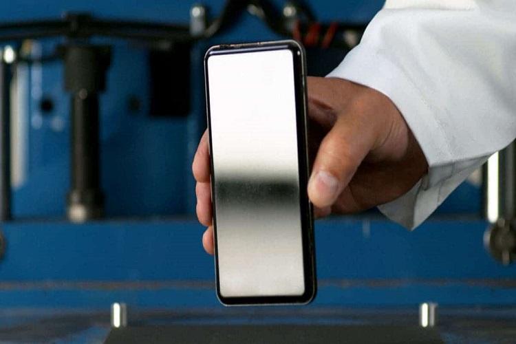 سرمایه گذاری 45 میلیون دلاری اپل برای ساخت پوشش محافظ آیفون تاشو